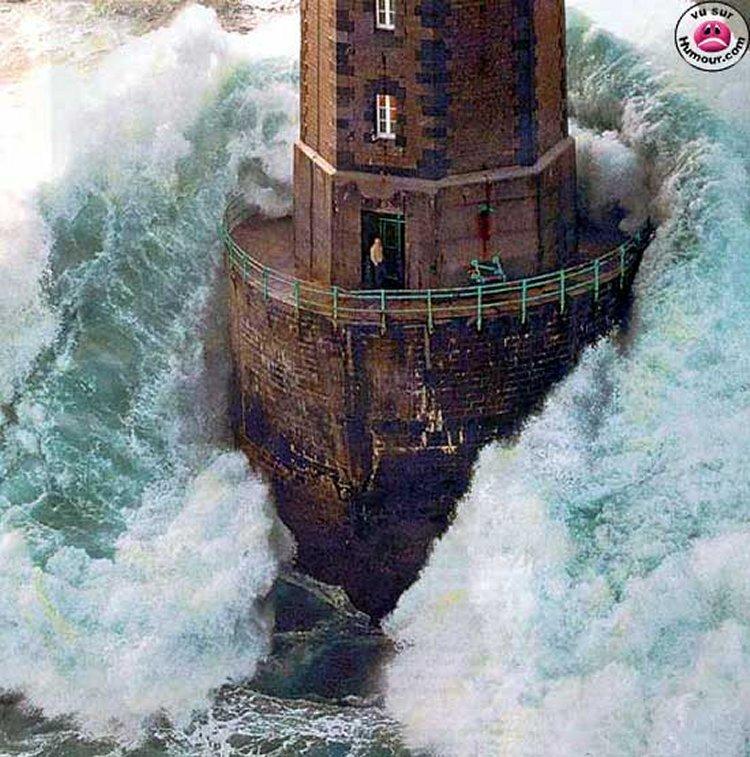 angry sea_750